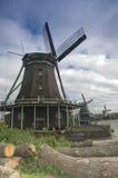 Molinoes de viento en Holanda Foto de archivo
