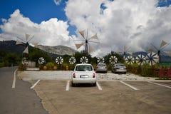 Molinoes de viento en la meseta de Lassithi, Creta, Grecia fotos de archivo libres de regalías