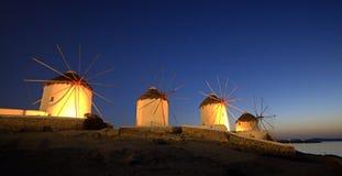 Molinoes de viento en Mykonos, isla griega Fotografía de archivo