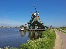Molinoes de viento en Zaanse Schans Imágenes de archivo libres de regalías