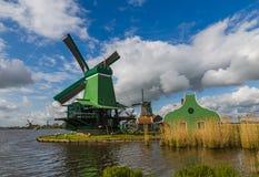 Molinoes de viento en Zaanse Schans - Países Bajos Fotografía de archivo