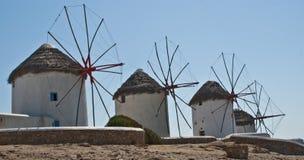 Molinoes de viento griegos en Mykanos Fotografía de archivo libre de regalías