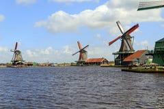 Molinoes de viento Holanda Septentrional Imagen de archivo libre de regalías