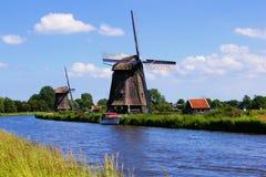 Molinoes de viento holandeses Fotografía de archivo libre de regalías