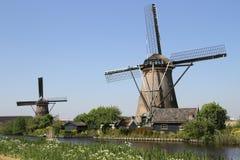Molinoes de viento holandeses Imágenes de archivo libres de regalías