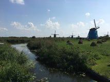 Molinoes de viento; Kinderdijk, Holanda imágenes de archivo libres de regalías