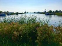 Molinoes de viento; Kinderdijk, Holanda imagen de archivo libre de regalías