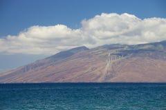 Molinoes de viento que generan energía Imagenes de archivo