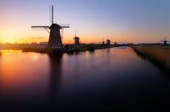 Molinos de Kinderdijk cerca de Rotterdam Fotos de archivo libres de regalías