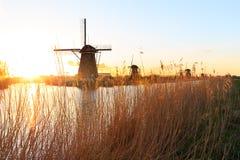 Molinos de Kinderdijk cerca de Rotterdam Imagenes de archivo