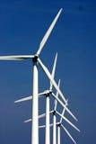 Molinos de viento de la electricidad Imágenes de archivo libres de regalías