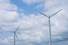 Molinos de viento en una zona rural de Indiana apagado del sixity cinco de la ruta Foto de archivo