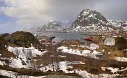 Molla venente in Sorvagen su Lofoten, la Norvegia fotografia stock libera da diritti