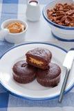 Mollete del chocolate con mantequilla de cacahuete Imagen de archivo libre de regalías