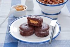 Mollete del chocolate con mantequilla de cacahuete Foto de archivo