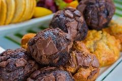 Mollete del chocolate de los pasteles del desayuno en el festival de primavera Imagenes de archivo