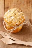 Mollete del germen de amapola en estilo rústico Foto de archivo libre de regalías
