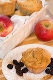 Mollete del otoño con las manzanas y la pasa Foto de archivo