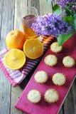 Molletes con la fruta Fotos de archivo libres de regalías