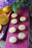 Molletes con la fruta Imágenes de archivo libres de regalías