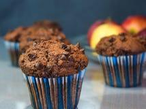 Molletes del chocolate, tortas hechas en casa por la tarde del invierno Foto de archivo