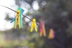 Mollette da bucato colorate Fotografia Stock