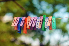 Mollette da bucato a colori Fotografia Stock Libera da Diritti