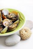 Molluschi cucinati in vino bianco Fotografia Stock Libera da Diritti