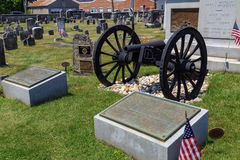 Molly Pitcher Memorial Plaques at Her Grave. Carlisle, PA, USA – June 26, 2016: The Mary Ludwig Hays - better known as Molly Pitcher - gravesite, located in Stock Photography