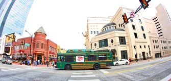 Molly The Trolley In Downtown Fort Worth, le Texas Photographie stock libre de droits