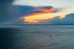 Moln över den västra fjärden, Fortuneswell, Jurassic kust, Dorset, UK Fotografering för Bildbyråer