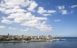 Moln över Havana Bay Royaltyfria Foton