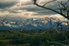 Moln över Torres del Paine Royaltyfri Bild