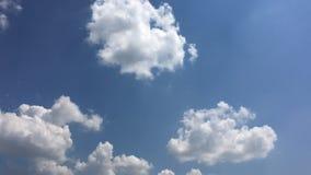Moln bl? bakgrund f?r himmel blue cloudy sky lager videofilmer