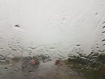 Moln för väggataträd regnar stormen från bilen Royaltyfria Foton
