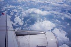 moln från himlen från aeroplan Arkivfoton