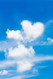 Moln i den blåa himlen Royaltyfri Bild