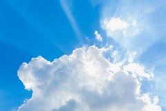 Moln i den blåa himlen Royaltyfri Foto