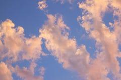 Moln i Sky Arkivbild