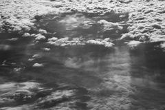 Moln i skyen Arkivfoton