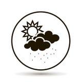 Moln med regn och solen Väderprognos Fotografering för Bildbyråer