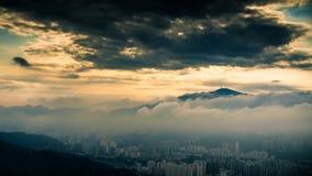 Moln och berg Royaltyfri Fotografi