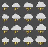Moln och blixt, storm på grå bakgrund vektor illustrationer
