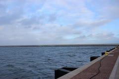 Moln och hav royaltyfri foto