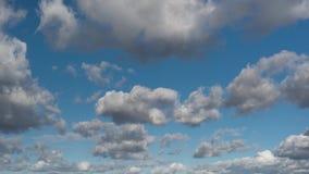 Moln och himmel för Tid schackningsperiod stock video