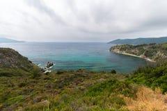 Moln på kusten Arkivbilder
