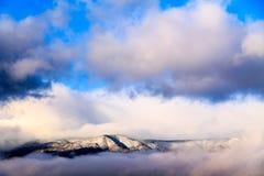 Moln på Mogollonen Rim Plateau Arkivbilder