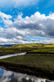 Moln på präriefloden Arkivbilder