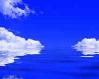 Moln reflekterade i ett hav vektor illustrationer
