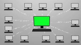 Molnberäkning som göras med begrepp för binär kod Flöde av information till molnet grön screenCloudberäkning som göras med binär  vektor illustrationer
